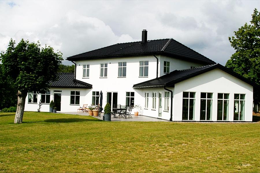Fasad o Kakel villa i Förslöv